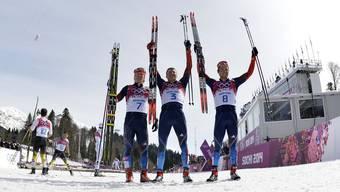 Die Langläufer aus Russland jubeln an der Heim-Olympiade in Sotschi.
