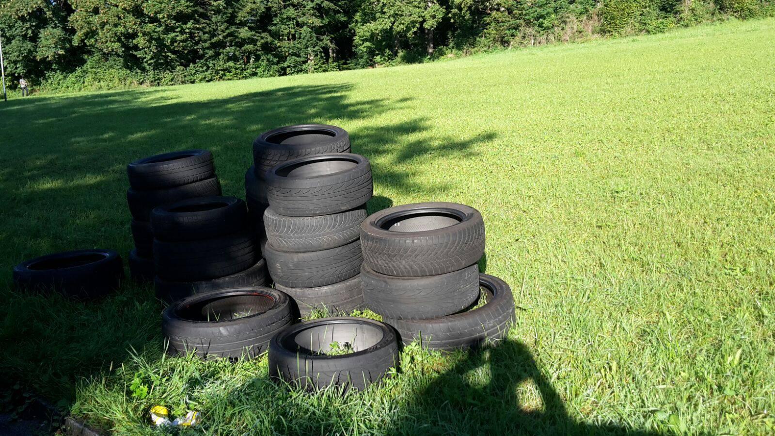Wem gehören diese Reifen?