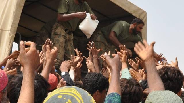 Hilfe für Pakistan läuft auf Hochtouren