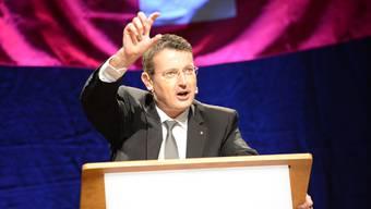 Präsident Thomas Burgherr führte durch den Parteitag.