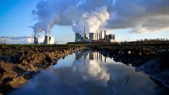 Zwei deutsche Kohlekraftwerke in Bergheim. (Archivbild)