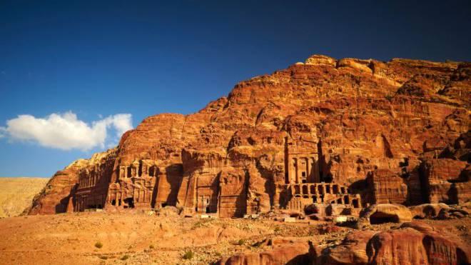 Für Touristen hat die Flaute in Jordanien auch etwas Gutes: Das Weltkulturerbe Petra lässt sich in aller Ruhe geniessen. Foto: Fotolia