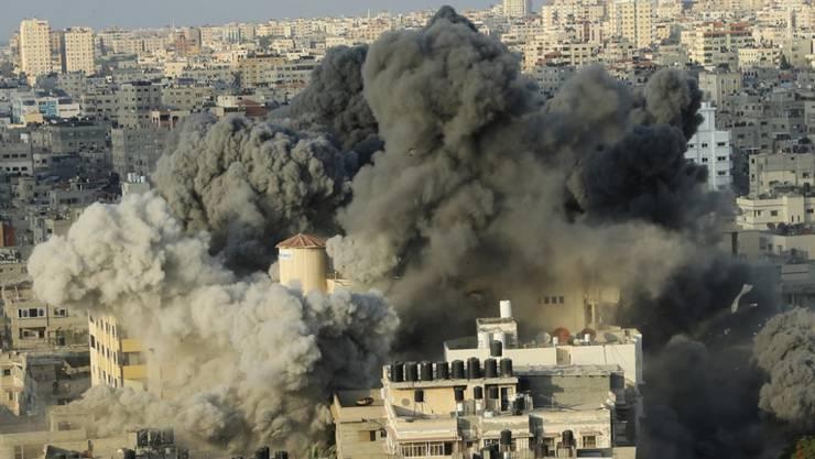 Noch am Donnerstag kam es in Gaza-Stadt zu schweren Angriffen durch die israelische Luftwaffe.