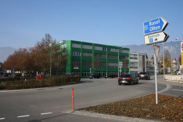 Der Standort wurde durch die Westtangente aufgewertet, so dass er als Produktionsstandort unter ökonomischen Aspekten nicht mehr sinnvoll ist. (Fotos: Wolfgang Wagmann)