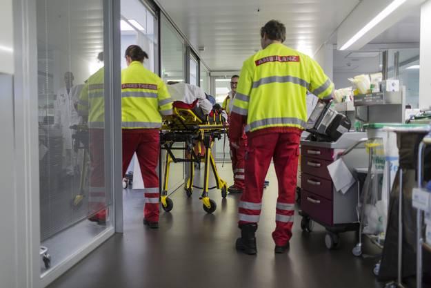 Glarner wurde nach seinem Unfall ins Berner Inselspital geflogen und am Dienstagabend dort operiert.