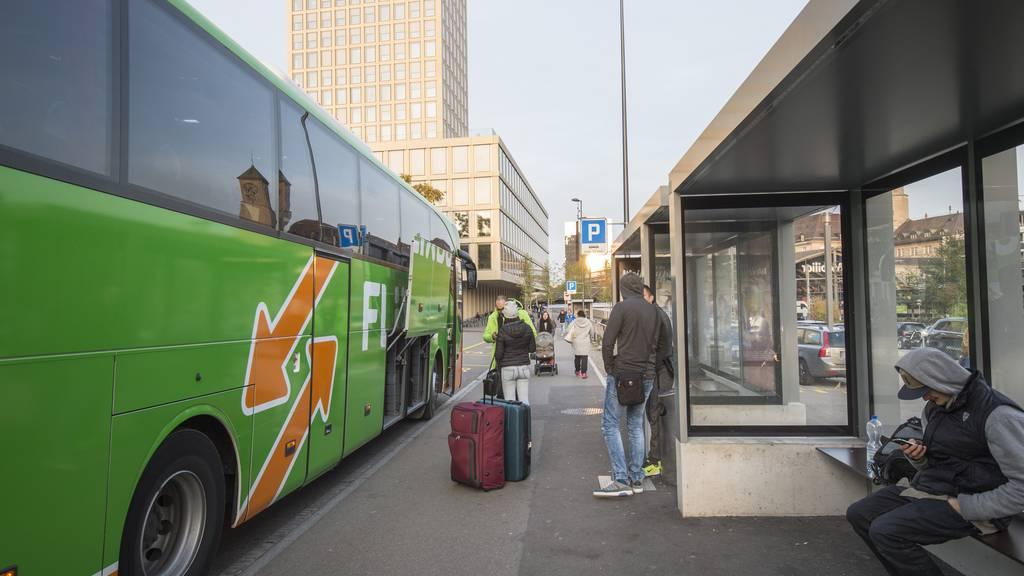 Normalerweise hält der Flixbus bei der Fachhochschule St.Gallen – am Samstagmorgen fiel er allerdings aus. (Archivbild)