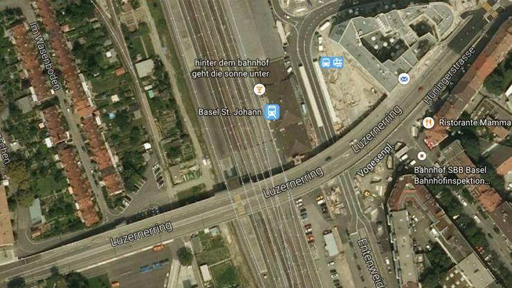 Die Frau wurde bei der Luzernerring-Brücke/Bahnhof St. Johann tot aufgefunden.