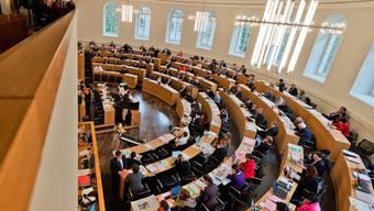 Der Grosse Rat in Aarau wird am Dienstag über die Standorte der Aargauer Berufsschulen debattieren.