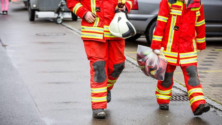 Die Gebäudeversicherung soll Brandschutzkleider künftig zentral beschaffen.