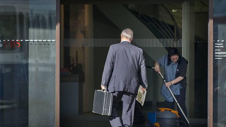 Der Bundesrat will die Praxis bei der Steueramtshilfe weiter lockern: Die Schweiz soll auch dann kooperieren wenn einem Amtshilfegesuch gestohlene Bankdaten zugrunde liegen. (Symbolbild)