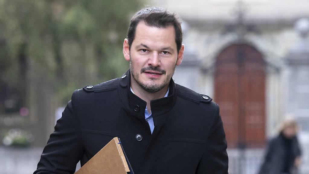 Pierre Maudet auf dem Weg in Genfer Berufungsgericht.