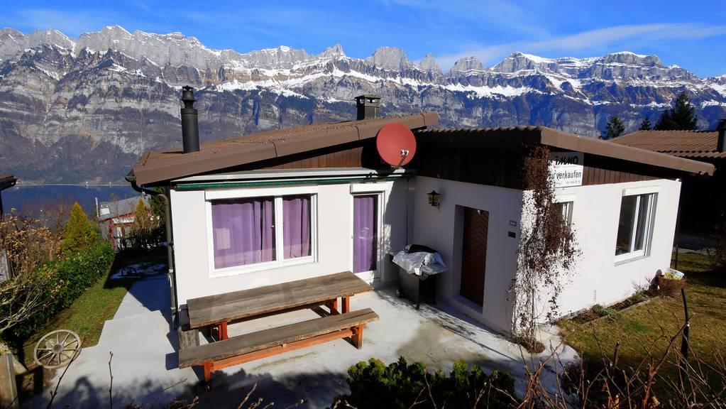 Dieses Haus mit einmaliger Aussicht steht in Oberterzen zum Verkauf. (Bild: swissimmoteam)