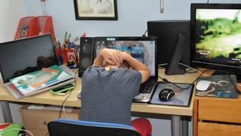 Einsamkeit als grösstes Problem für Jugendliche während der Coronakrise.