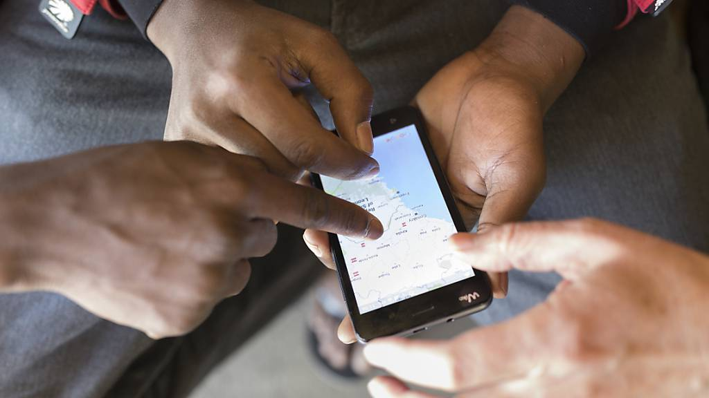 Bund darf künftig auf Handys von Asylsuchenden zugreifen