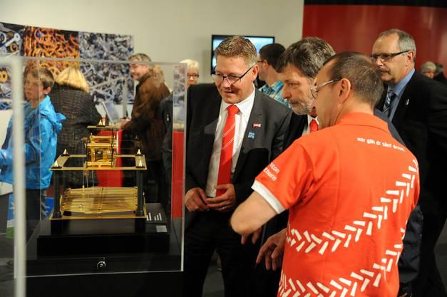 Scharf gemusterte Uhrmacherkunst: Regierungsräte Fürst und Heim