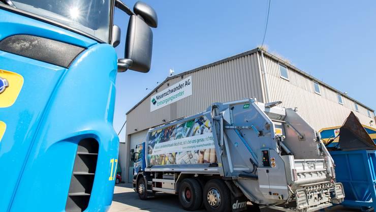 Die Neuenschwander AG sammelt in vielen Gemeinden die Sammelsäcke ein.