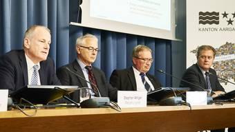 Partner in der Energiepolitik: Regierungsrat Stephan Attiger, sein Abteilungschef Energie Werner Leuthard, Markus Blättler (Präsident Verband Aargauischer Stromversorger) und Hans-Kaspar Scherrer, Eniwa-CEO (früher IBA, von links).