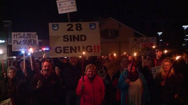 Safenwil protestiert gegen Asyl-Dorf