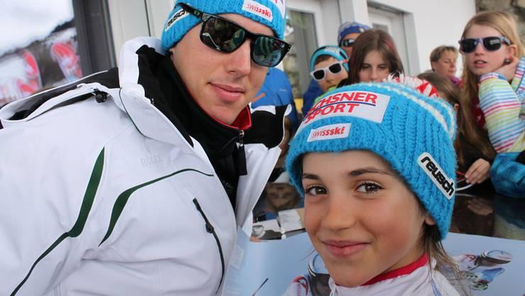 Gioia Zeindler mit Carlo Janka am Grand Prix Migros in Obersaxen.