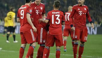 Bayerns Spieler bejubeln ihren Sieg in Athen