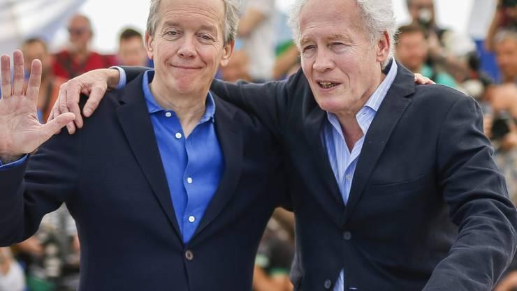 """Jean-Pierre Dardenne (r) und sein Bruder Luc Dardenne präsentierten am Mittwoch ihren neuen Film """"La fille inconnue"""" in Cannes."""