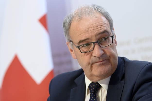 Wirtschaftsminister Guy Parmelin befindet sich in Quarantäne, zeigt jedoch keine Symptome. (Archivbild)