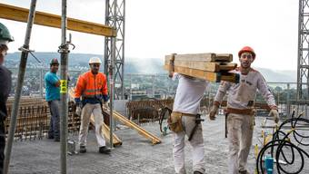 Immer mehr Baufachleute melden sich arbeitslos (Themenbild).