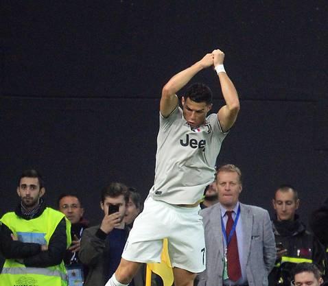 Hat doppelten Grund zur Freude: Juventus Stürmer Cristiano Ronaldo trifft und bereitet Treffer am Laufband vor, trotz Vergewaltigungsvorwürfen...