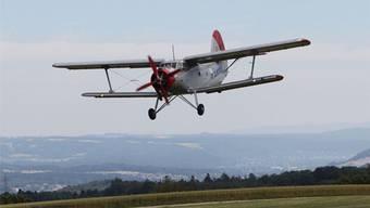 Im Sisslerfeld werden am Armeefahrzeugtreffen Flugzeuge starten und landen. zvg