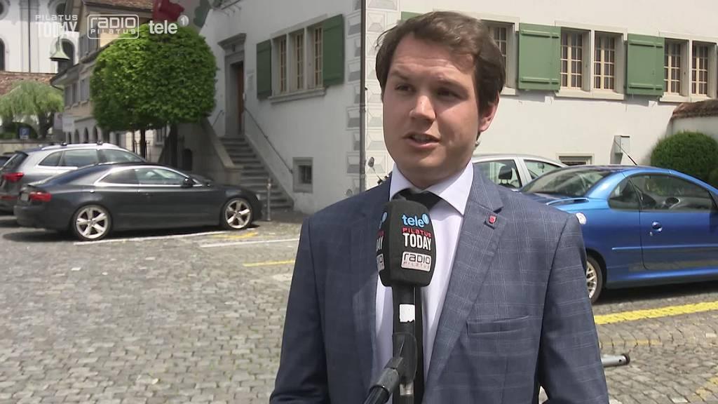 Schwyzer SP wehrt sich gegen Gebühren für Ausländer