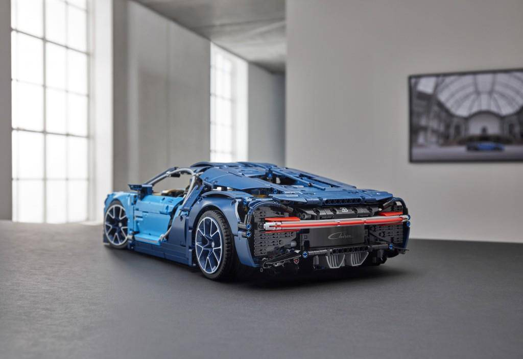 Bugatti Chiron aus LEGO (© LEGO Group)