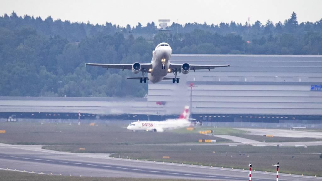 Flughafen Zürich mit deutlich mehr Flugbewegungen im Juni