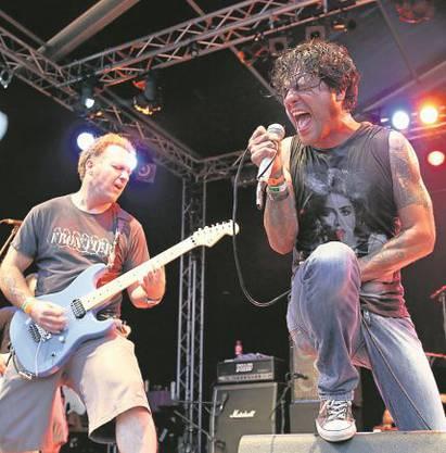 Die kalifornier von Strung Out begeisterten das Publikum mit melodischem Punkrock.