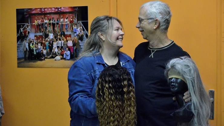 Im Musicalverein Mutschellen hat es zwischen Monika Brunner und Beni Ledergerber gefunkt. Die Leidenschaft für Musik verbindet sie.