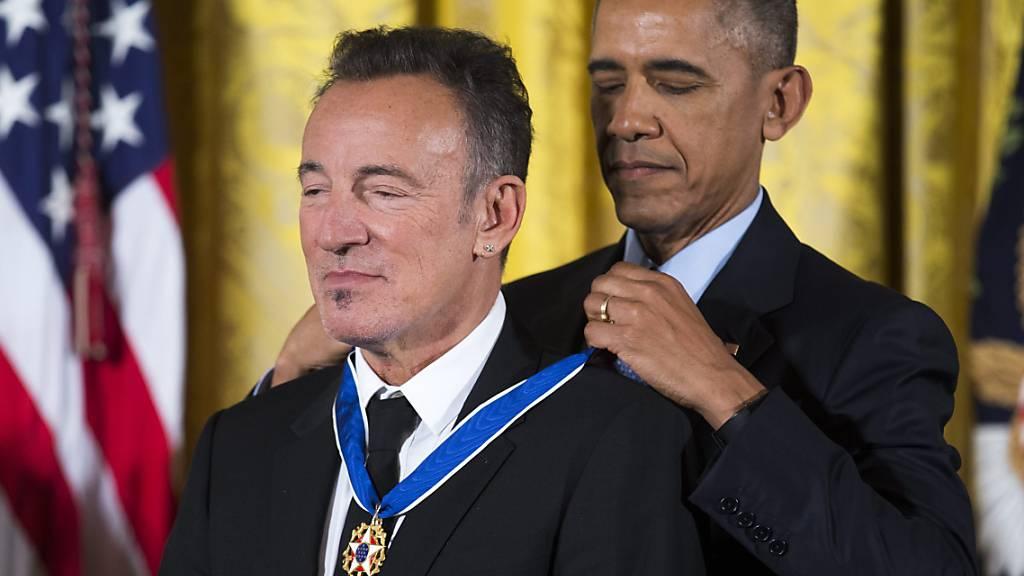 US-Ikonen unter sich: Der «Boss» und sein Freund Barack in Buchform