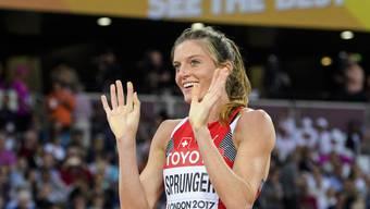 Lea Sprunger kämpft am Donnerstag im Final über 400 m Hürden um die Medaillen
