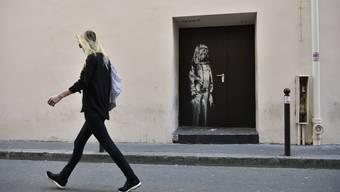 Diese Tür wurde angeblich von Banksy bemalt – jetzt ist sie weg.