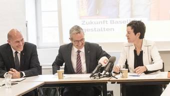 Medienfrühstück Wahlkampf: Bürgerliches Team «Zukunft Baselbiet gestalten» : vlnr Anton Lauber, Thomas Weber, Monica Gschwind und Neuer Thomas de Courten