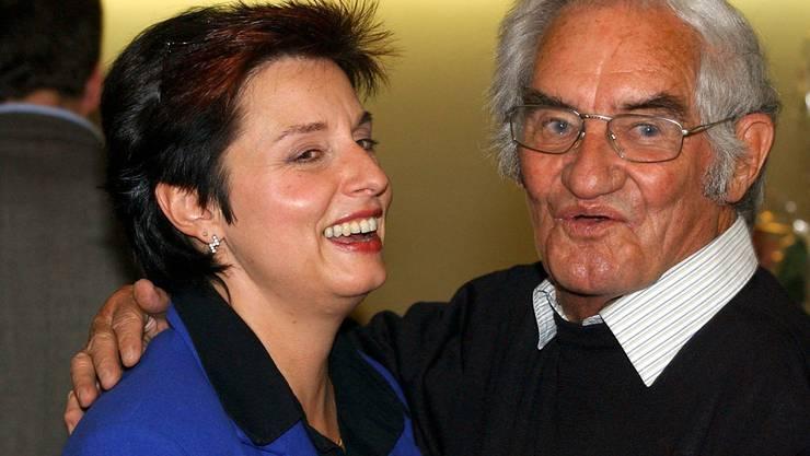 Andreas Gerwig gratuliert Anita Fetz im Oktober 2003 zur Wahl in den Ständerat.