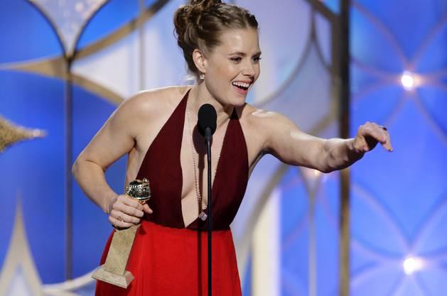 """Amy Adams gewinnt den Golden Globe «beste Schauspielerin in a motion picture, musical or comedy für ihre Rolle in """"American Hustle"""""""