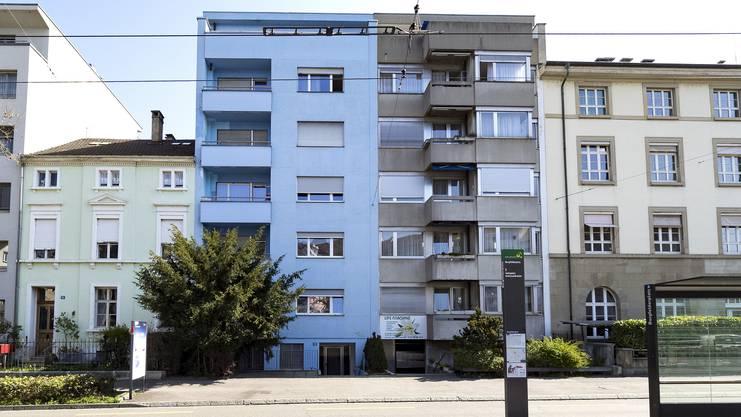 Dieses Haus an der Kannenfeldstrasse 12 in Basel hat der Fussballstar Breel Embolo 2016 gekauft.