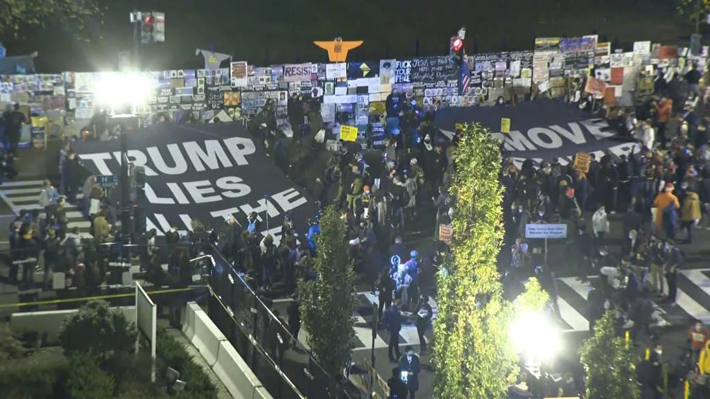 «Trump lügt die ganze Zeit!»: «Black Lives Matter»-Demonstranten protestieren vor Weissem Haus