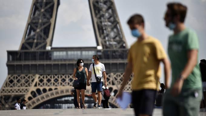Paris folgt dem Beispiel mehrerer anderer Städte und führt eine Maskenpflicht im Freien ein.