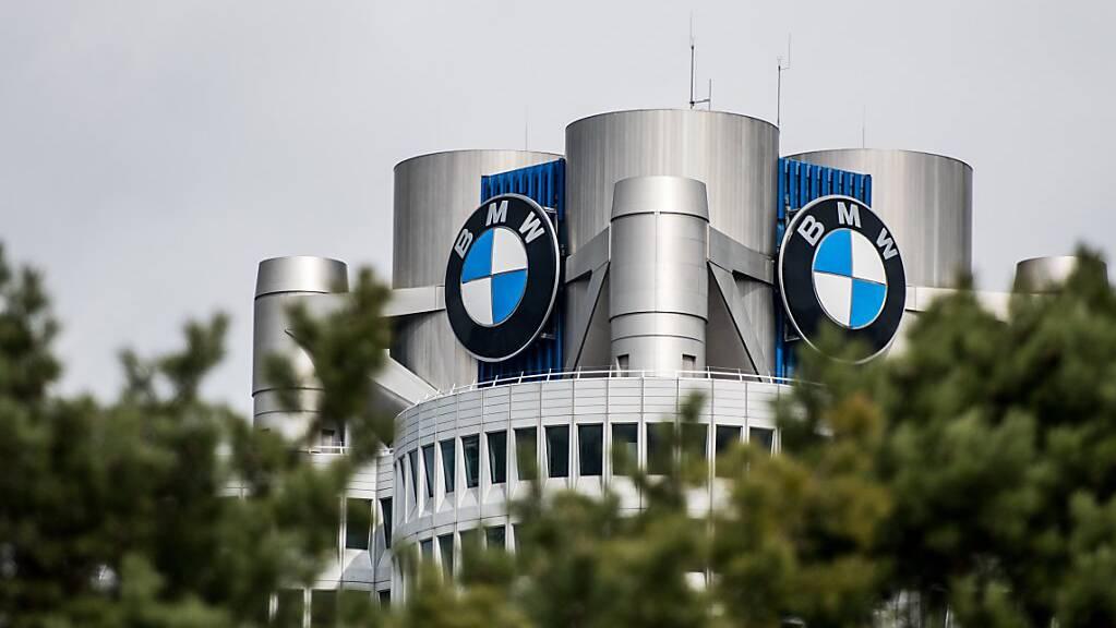 BMW will 2021 wieder mehr Gewinn erwirtschaften. (Archivbild)