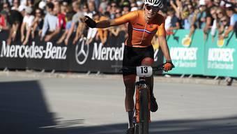 Mathieu van der Poel hat beim Quer-Weltcup in Bern Zeit sich feiern zu lassen (Archiv)