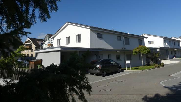 Mindestpreis 540'000 Franken, betreibungsamtliche Schätzung 707'000 Franken, zugeschlagen für 680000 Franken: Teil eines Zweifamilienhauses in Abtwil.