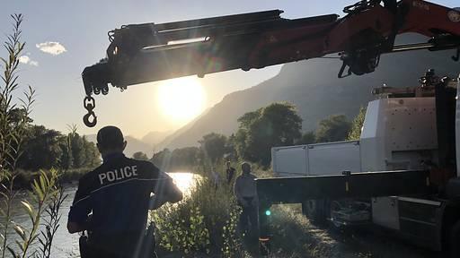 Aus Rhone geborgenes Autowrack gehört zu zwei Vermissten
