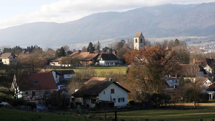 Die Kirche von Lüsslingen-Nennigkofen bildet mit ihrer markanten Stellung ein Zentrum der Gemeinde.