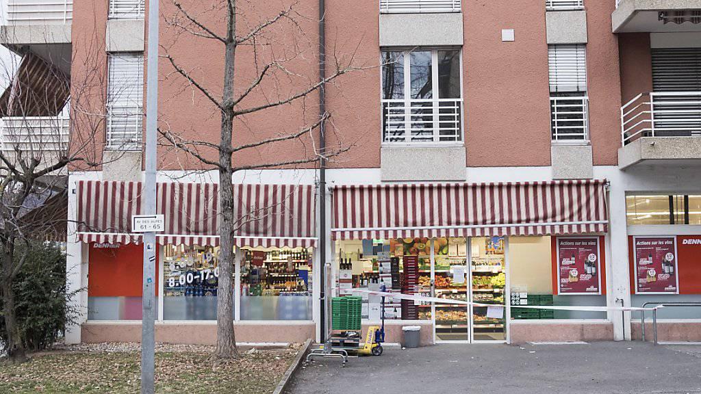 Die betroffene Denner-Filiale in La Tour-de-Peilz VD war nach dem Überfall den gesamten Freitag geschlossen.
