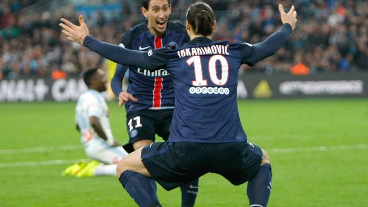 PSG-Siegtorschütze Angel di Maria bedankt sich bei Passgeber Zlatan Ibrahimovic.